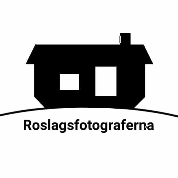 Roslagsfotograferna logotyp