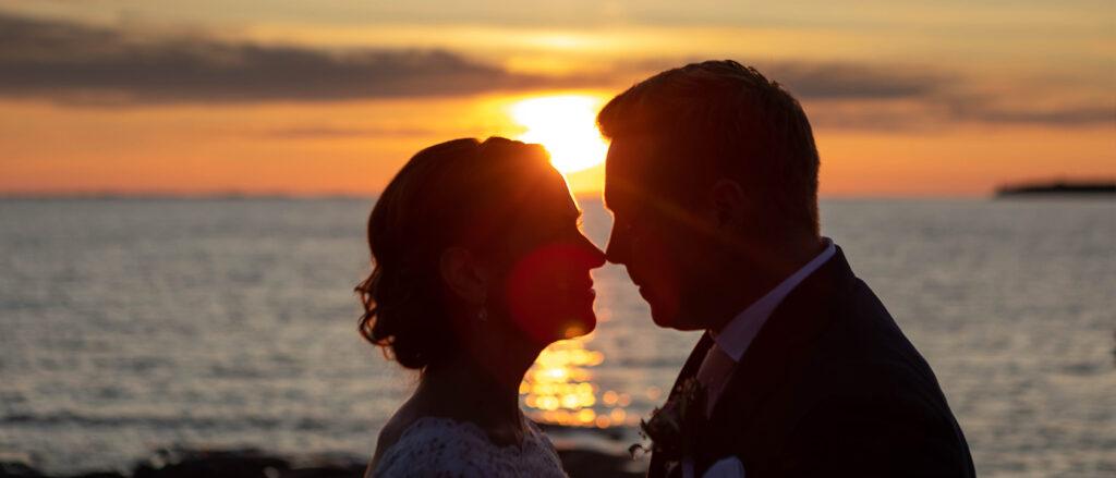 Bröllopsfotografering Öregrund Roslagen Golden hour